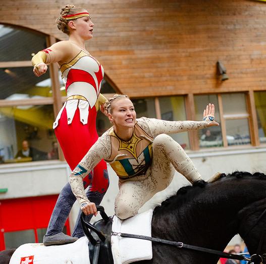 Syra Schmid und Zoe Maruccio vertreten nebst Jana und Alicia Bärtschi die Schweiz in der Kategorie Pas-de-Deux an den Elite-Weltmeisterschaften (Bild: Esther di Maria)