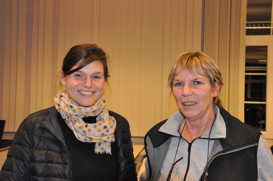 Alessandra Ramseyer (links) und Suzanne Dollinger.